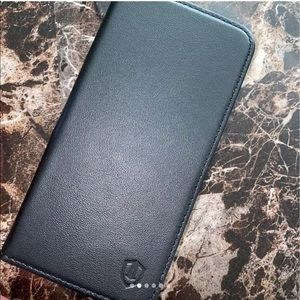Accessories - iphone 11 Black leather case